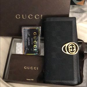 Gucci wallet Black with original box